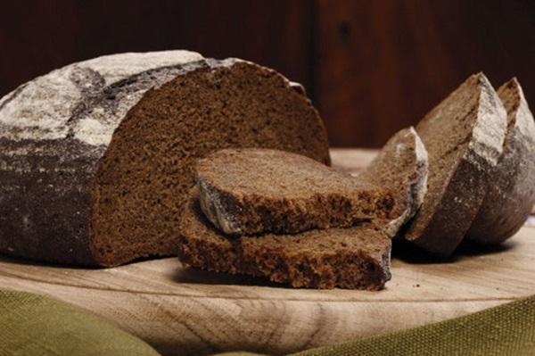 На фото – ржаной хлеб